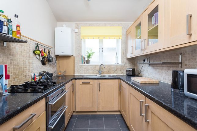 Thumbnail Maisonette to rent in Ringstead Road, Catford, London