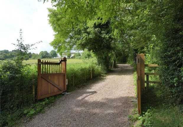 Picture No. 29 of Callow End, Worcester, Worcestershire WR2