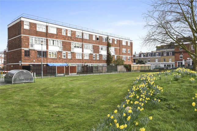 Thumbnail Maisonette to rent in Fellows Court, Weymouth Terace