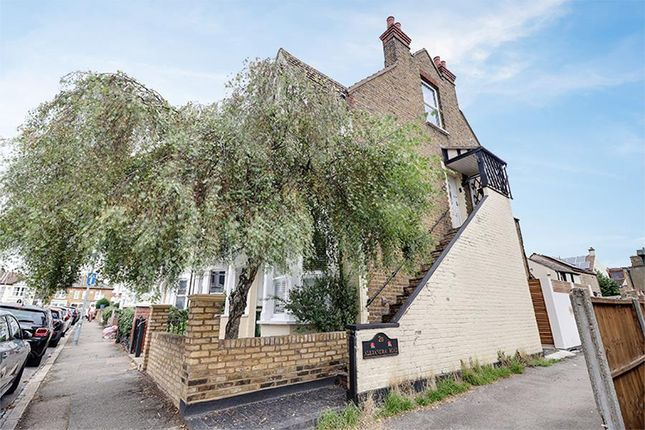 3 bed maisonette for sale in Alexandra Road, Leigh-On-Sea SS9