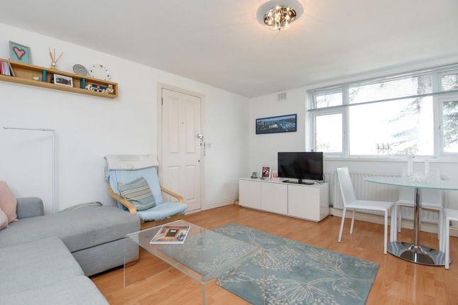 1 bed flat to rent in Upper Teddington Road, Hampton Wick, Kingston Upon Thames KT1