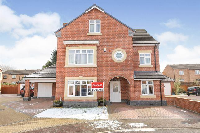 Thumbnail Detached house for sale in Whimsey Close, Willenhall