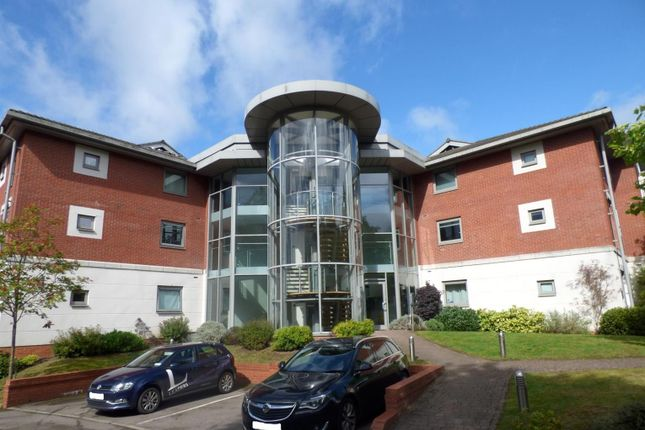 Thumbnail Flat for sale in Evesham Road, Redditch