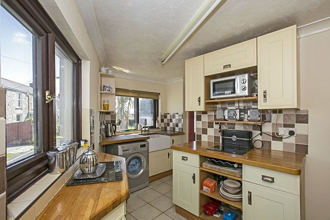 Kitchen of Fore Street, Beacon, Camborne, Cornwall TR14
