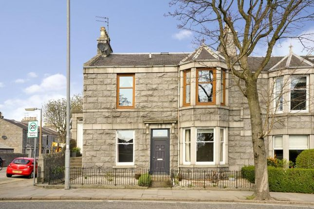 Thumbnail Flat to rent in Mid Stocket Road, Aberdeen