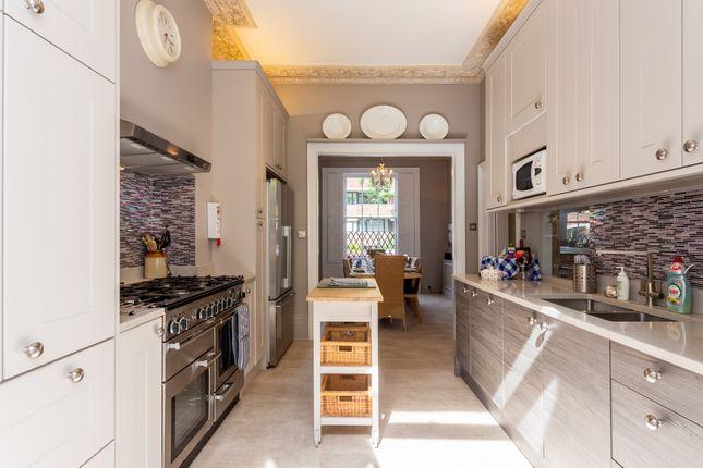 Thumbnail Flat to rent in Tachbrook Street, London