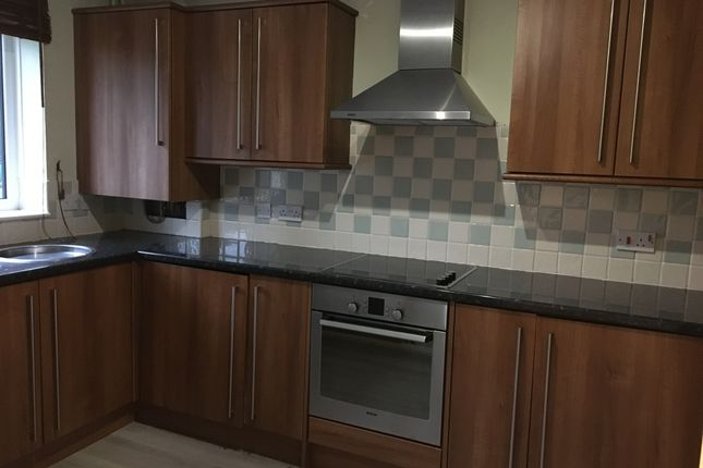 Thumbnail Semi-detached house to rent in Rodley, Leeds, West Yorkshire