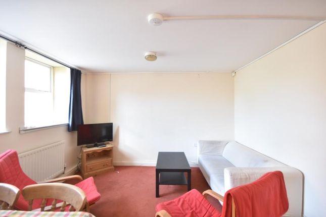 Thumbnail Flat for sale in Byron Street, Sandyford, Newcastle Upon Tyne