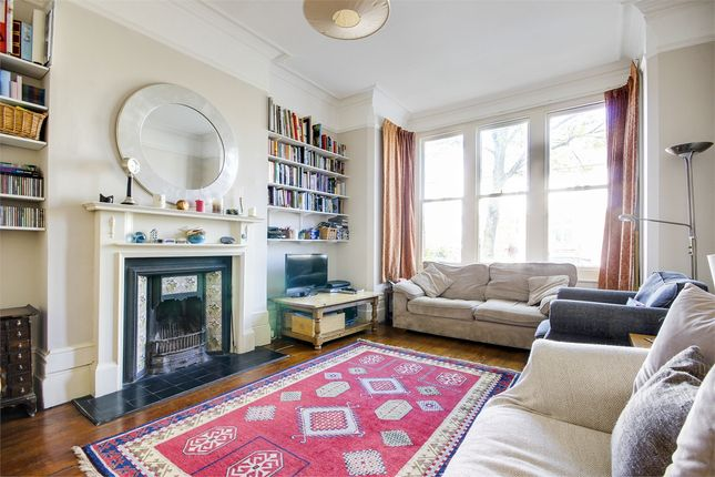 Thumbnail Flat to rent in Muswell Avenue, London