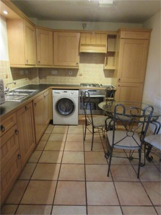 2 bed flat to rent in Aragon House, Warwick Road, Coventry, West Midlands