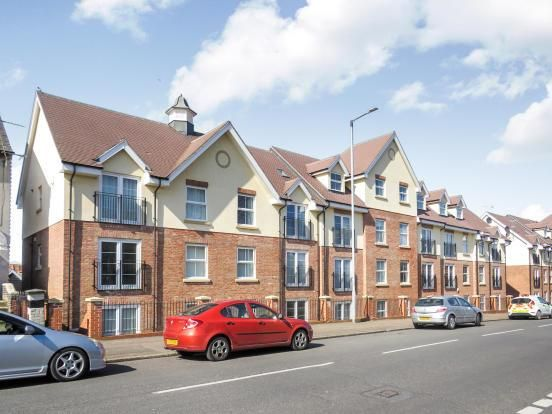 Thumbnail Flat to rent in Main Road, Dovercourt, Harwich