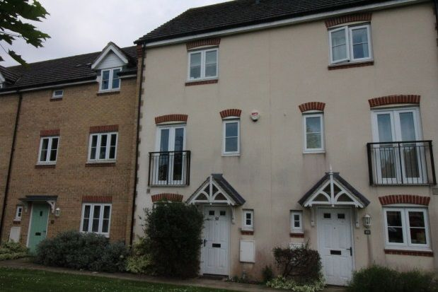 Thumbnail Town house to rent in Baxendale Road, Chichester