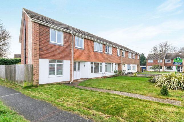 Thumbnail Semi-detached house to rent in Sandridge, Crowborough