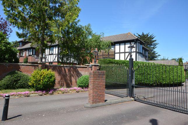 Parkstone Avenue, Emerson Park, Hornchurch RM11