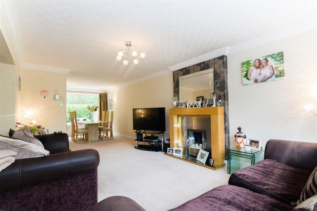 Lounge/Diner of Newlay Wood Close, Horsforth, Leeds LS18