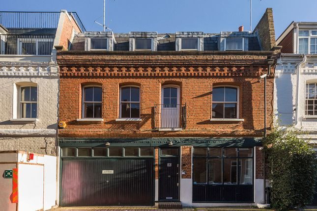 Thumbnail Mews house to rent in Adam & Eve Mews, London
