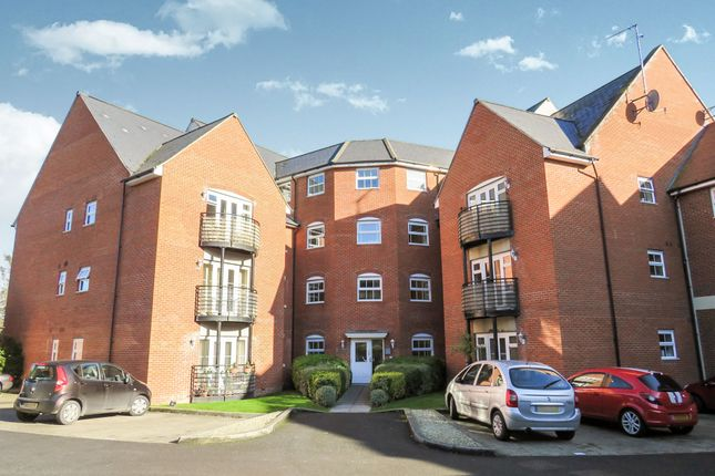 Thumbnail Flat for sale in Thames View, Abingdon