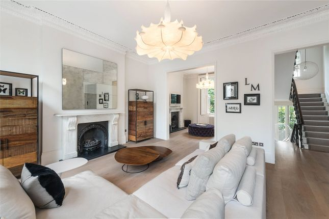 Thumbnail Terraced house for sale in Lansdowne Crescent, London