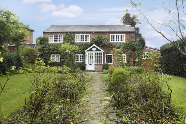 Thumbnail Cottage for sale in Windy Arbour, Kenilworth