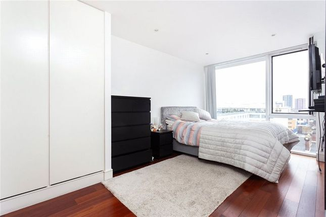 Thumbnail Room to rent in Wenlock Road, London