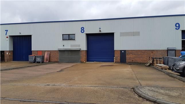 Thumbnail Retail premises to let in Unit 8, Stafford Industrial Estate, Hillman Close, Hornchurch, Essex