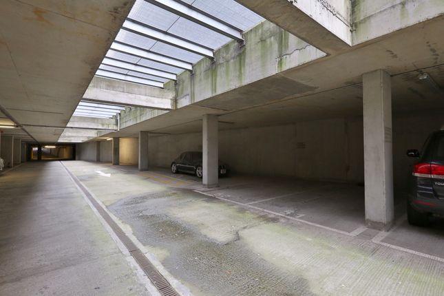 Parking/garage to rent in Steedman Street, London