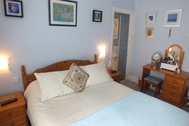 Picture No. 17 of Clement Dale Guest House, Southcliff Gardens, Tenby, Pembrokeshire SA70