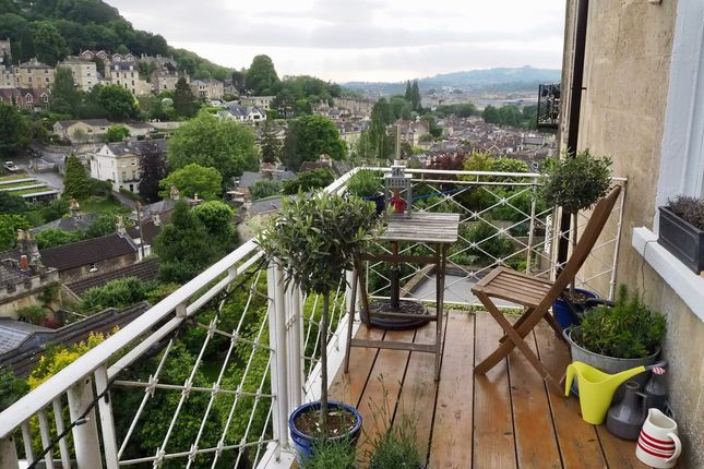 Thumbnail Flat to rent in Widcombe Crescent, Widcombe, Bath