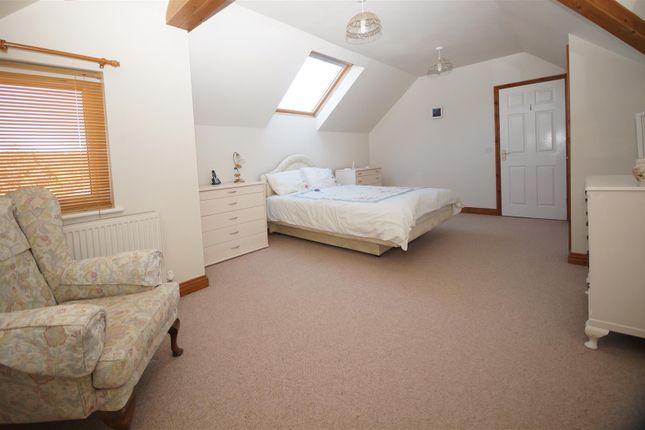 Master Bed of Fordlands Crescent, Bideford EX39