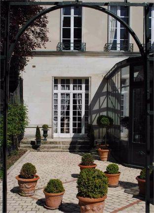 Thumbnail Detached house for sale in Centre, Indre-Et-Loire, Tours