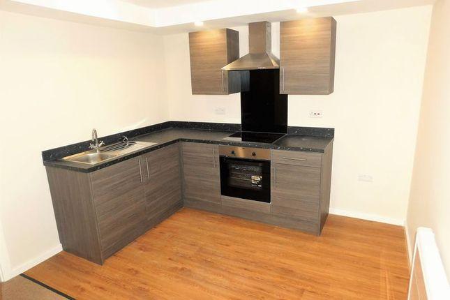Thumbnail Flat to rent in Ridgefield Street, Failsworth, Manchester
