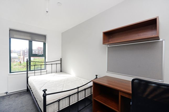 1 bed town house to rent in Room 5, 33 Dun Fields, Dunfields, Kelham Island, Sheffield S3