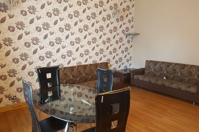 Thumbnail Terraced house to rent in Grantham Road, Bradford