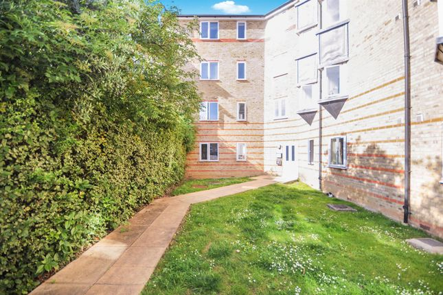 Thumbnail Flat for sale in Parkinson Drive, Chelmsford