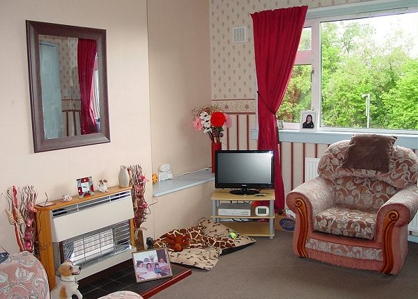 Lounge of 20 Chain Road, Creetown DG8