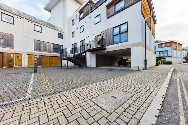 4 bed flat for sale in Clifford Way, Maidstone ME16