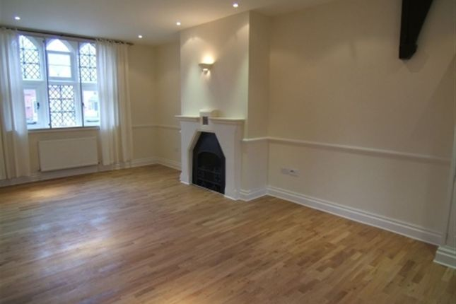 Thumbnail Flat to rent in Convent Court, Hatch Lane, Windsor, Berkshire