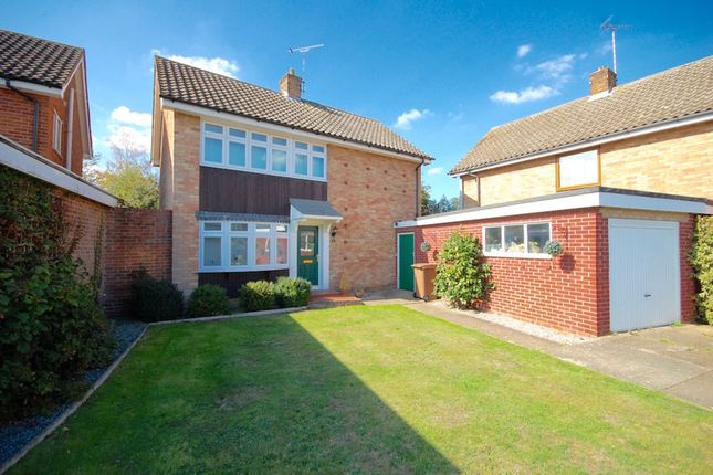 Thumbnail Detached house for sale in Oldbury Avenue, Great Baddow, Chelmsford
