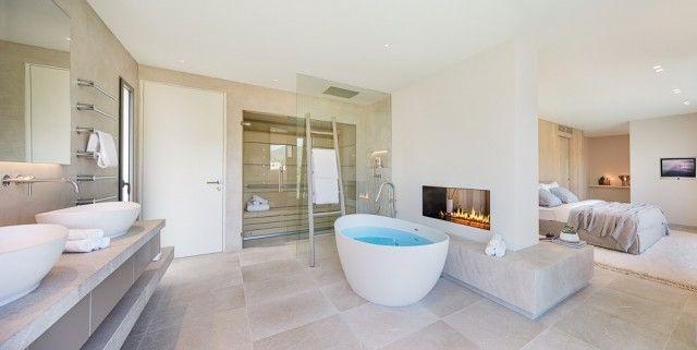 Bathroom+Bath Tub