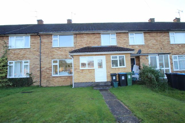 Thumbnail Terraced house to rent in Sawyers Way, Adeyfield, Hemel Hempstead