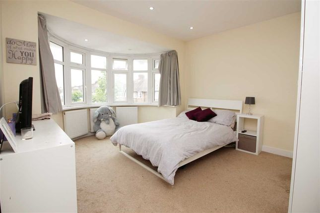 Bedroom 3 of Maxwelton Close, Millhill, London NW7
