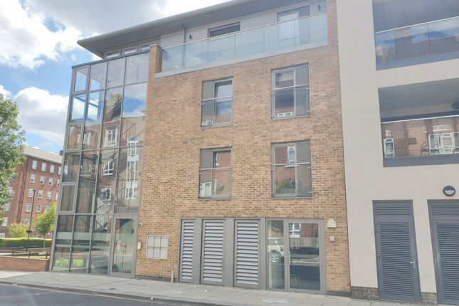Thumbnail Office to let in Triangle Place, London