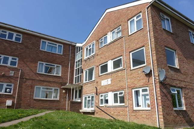 Thumbnail Flat for sale in Sunningdale Road, Yeovil