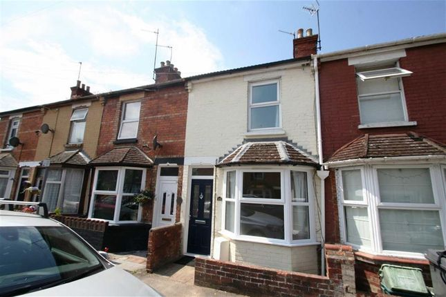 Thumbnail Terraced house to rent in Connaught Road, Newbury