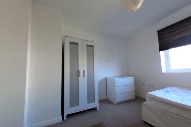 Thumbnail Shared accommodation to rent in Meachen Road, Colchester