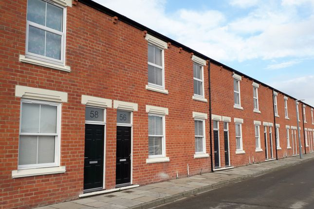 2 bed town house to rent in Waverley Street, Middlesbrough TS1