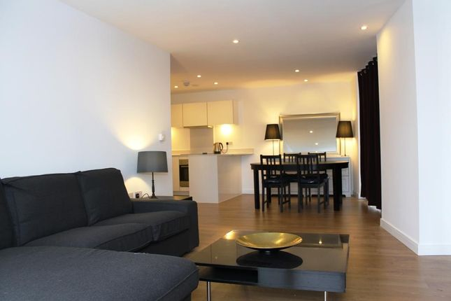 3 bed flat to rent in Caspian Wharf, Kara Court, Bow