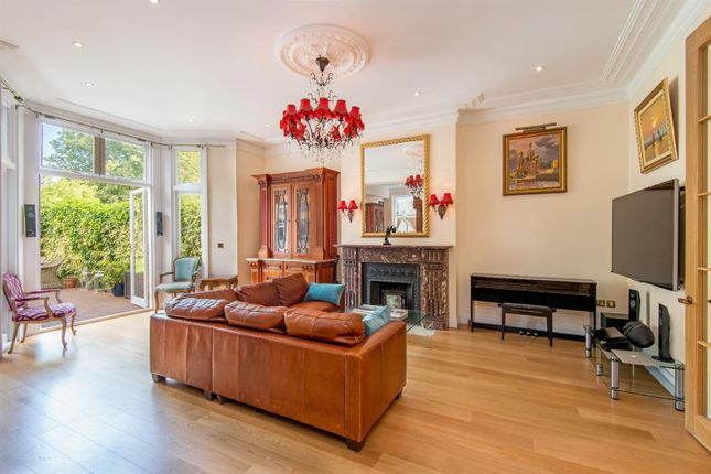 Thumbnail Flat for sale in Canfield Gardens, South Hampstead