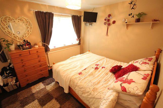 2 Bedroom Semi Detached House For Sale 45321667 Primelocation