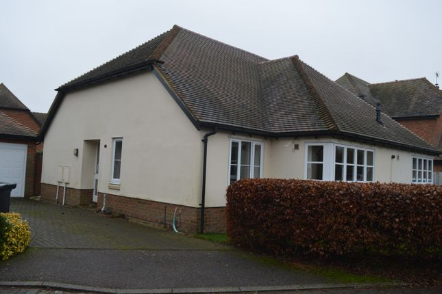 Thumbnail Semi-detached bungalow to rent in Finches End, Walkern